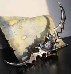 World of Warcraft Warglaive of Azzinoth Replica